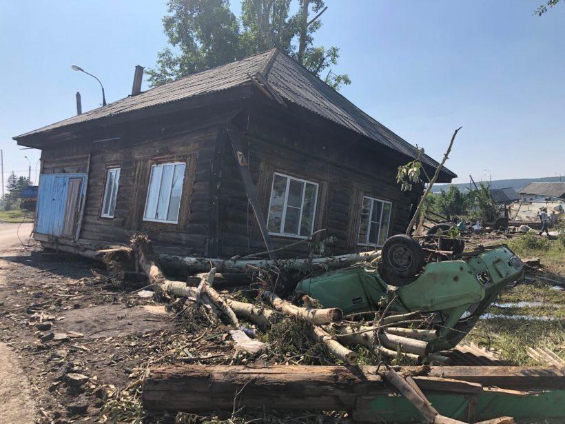 Разрушенные дома в Тулуне после наводнения. Фоторепортаж