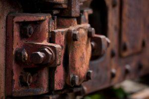 Виновники схода грузовых вагонов в Усть-Илимске привлечены к ответственности