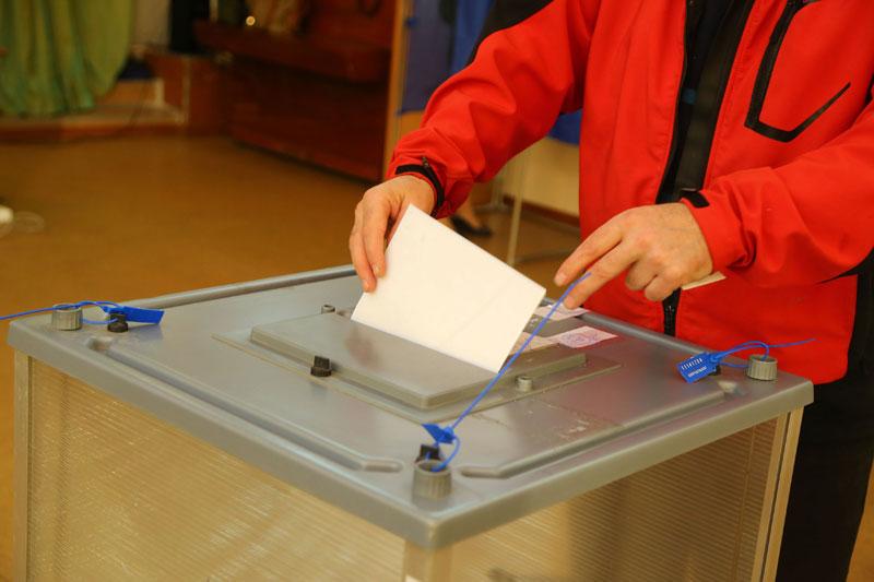 Игорь Кобзев побеждает на выборах главы Иркутской области после обработки 95% протоколов