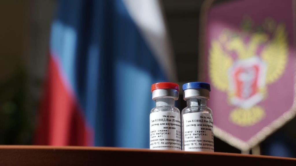 Вакцину от коронавируса «Sputnik V» выпустили в гражданский оборот