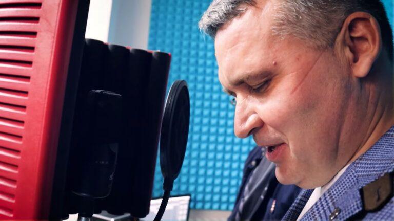Мэр Усть-Кутского района Сергей Анисимов зачитал рэп с молодёжью центра БАМ